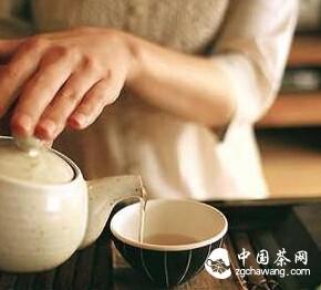 中年人喝茶5大好处