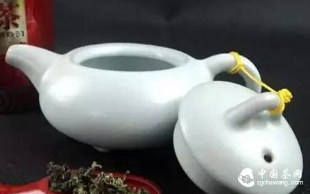 手抓茶叶加速变质?