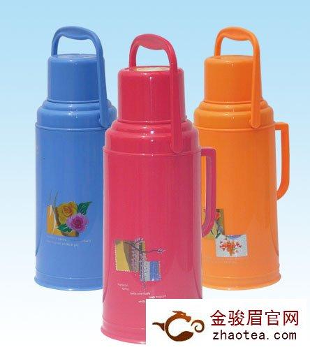 热水瓶储藏武夷山金骏眉红茶