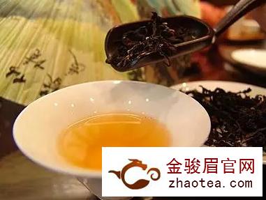岩茶:如何闻香识茶?